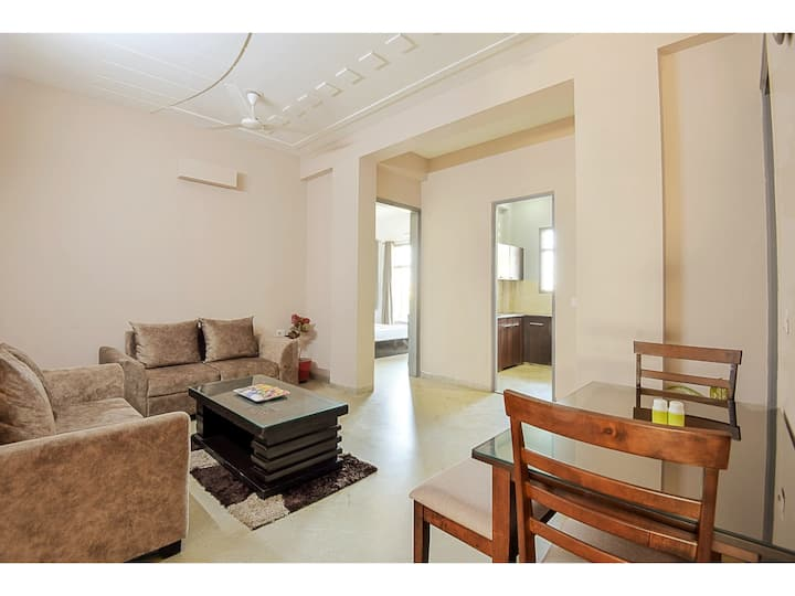 OLIVE 2 BHK with Kitchen near Medanta Medicity GGN