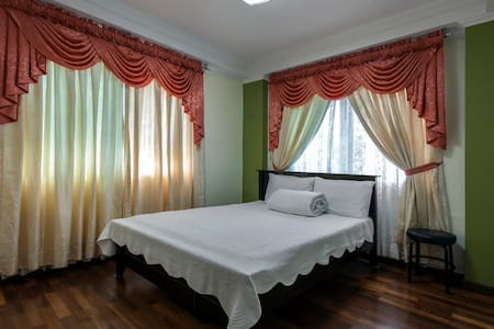 Lakeview Suites - Tagaytay - Villa