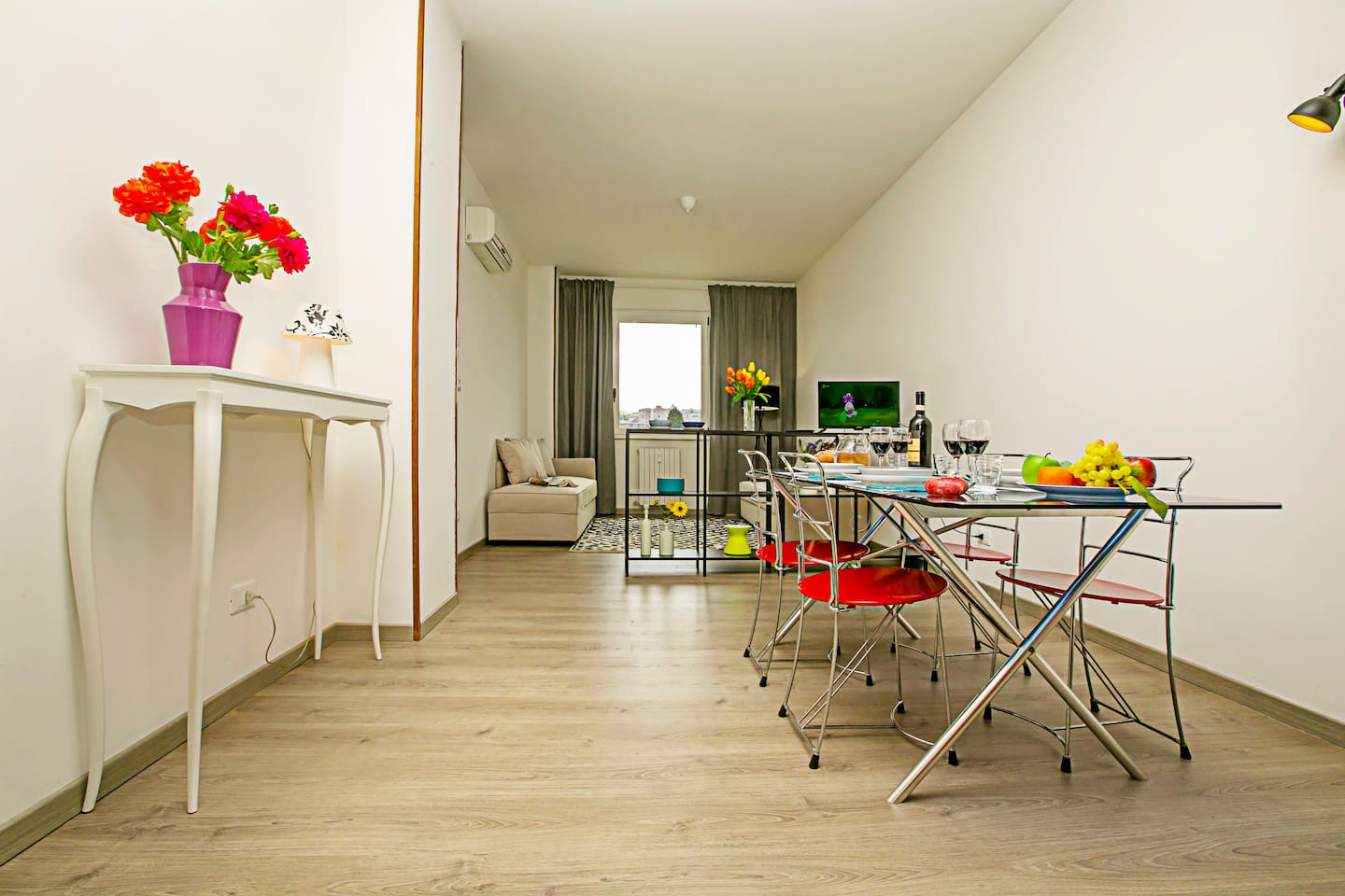 Spacious and bright Living- Dining room