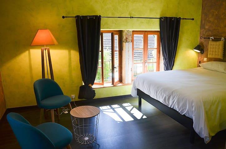chambre de caractère le verger Toulouse de chateau - Toulouse-le-Château - Gästehaus