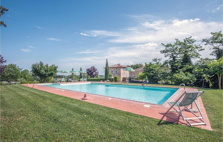 Holiday apartment with 1 bedroom on 37m² in Casole d'Elsa SI