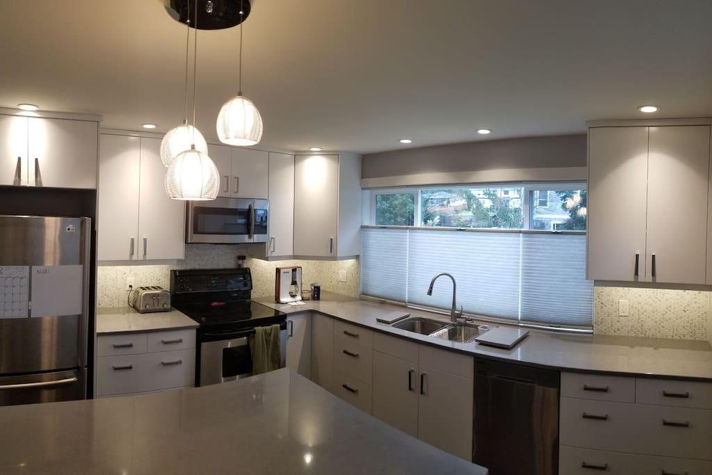Brand New Modern Kitchen! Cambria Countertops!