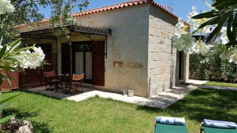 "Charming Stone Villa ""Lefkopetra 1"""