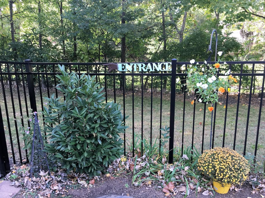 Entrance through back gate