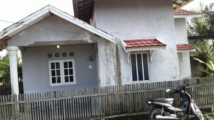 Jl.Sukamaju Komplek Sukses Mandiri No : 45