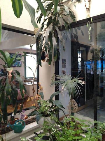 Dormitorio en vivienda unifamiliar zona tranquila - Majadahonda - House