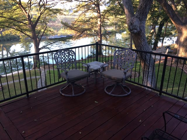 River House - two bedroom, one bath that sleeps 5.