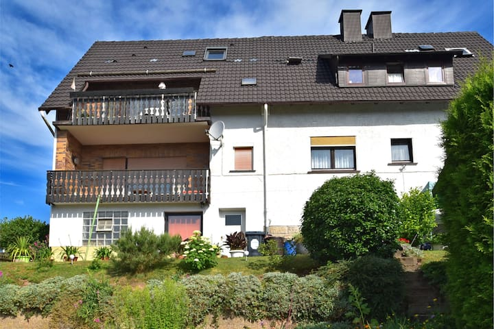 Quaint Apartment in Großalmerode near the Forest