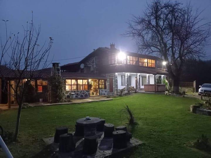 Къща за гости Слънчево утро в Еленския Балкан