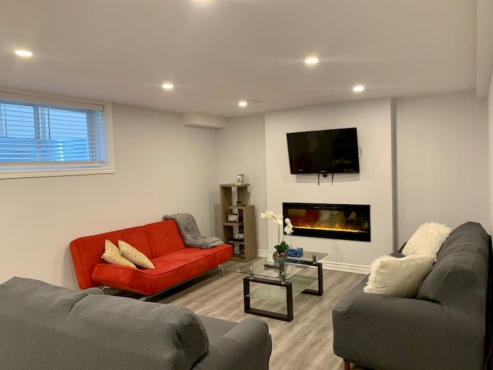 Super cozy 1BDR Basement Suite, Brand new House