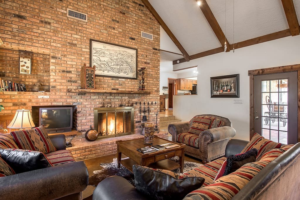 The great living room with the fireplace