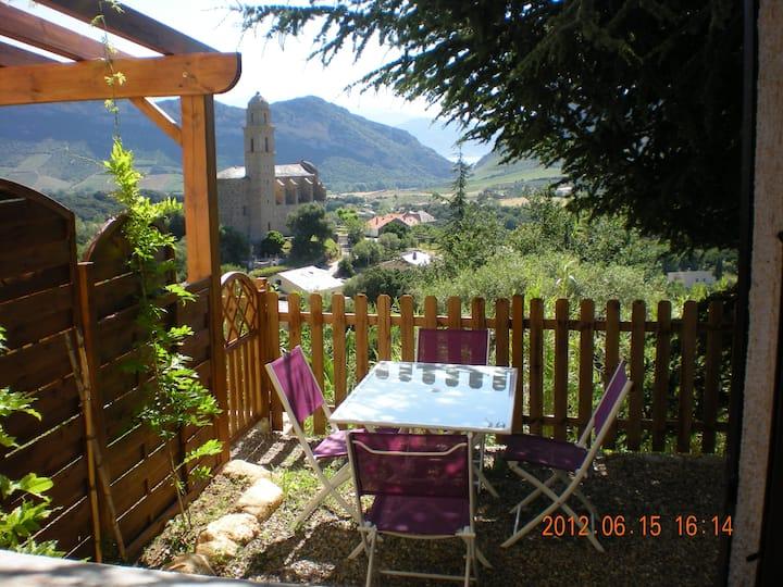 Appartement avec vue dégagée sur le village
