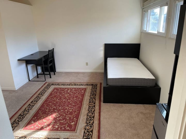 Furnish Private Room/Bathroom Sunnyvale For Female