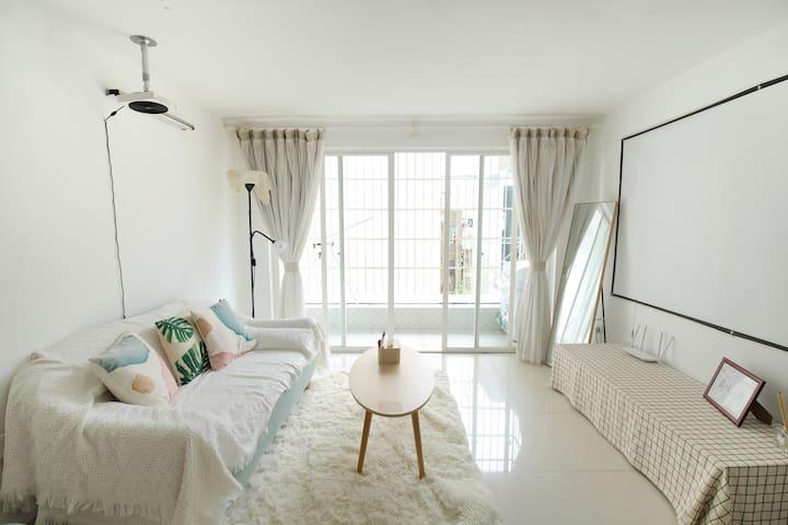海口【幸舍】民宿复式Loft·家庭投影·乳胶床品大床房