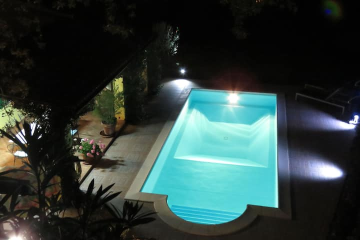 Luxurious Bungalow in Maratea with Swimming Pool