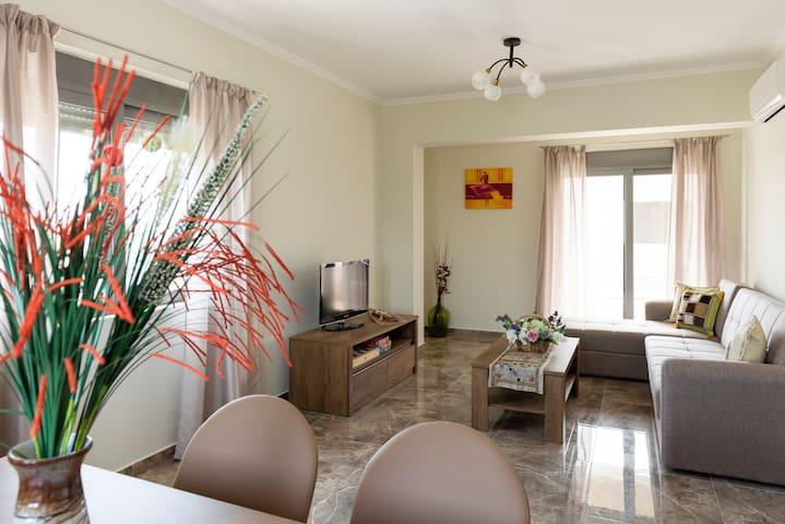 Santa Marina - Modern Home