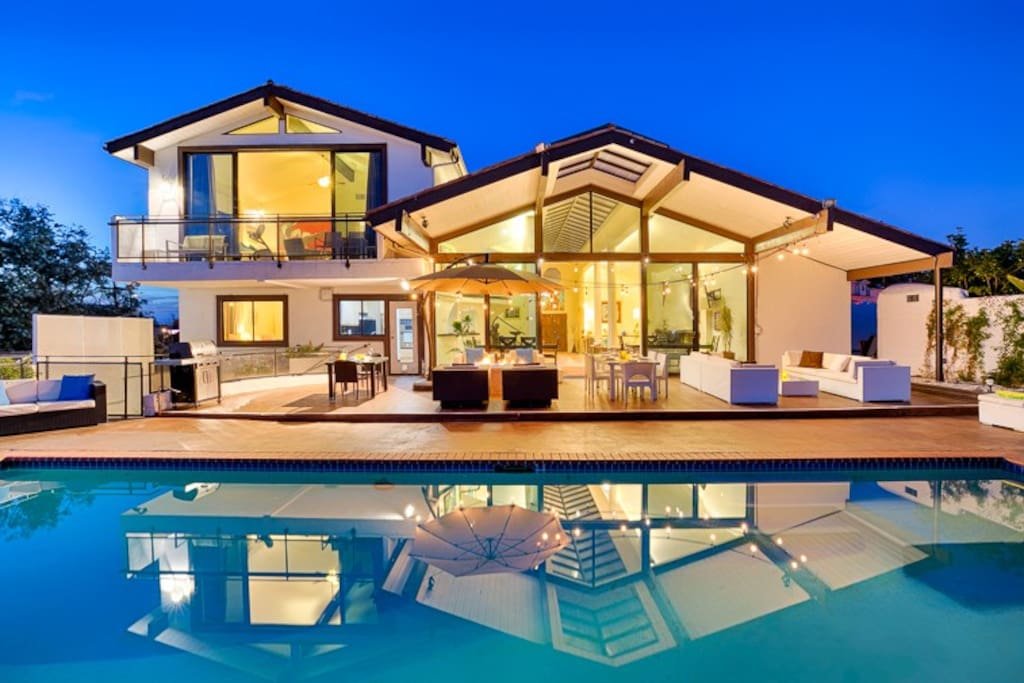 Views of the exquisite Oceanfront Escape from the pool.