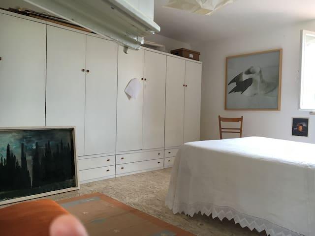 Camera matrimoniale privata in loft - Monteriggioni