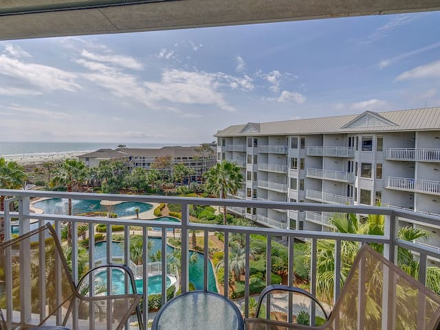 Balcony at 2504 Sea Crest