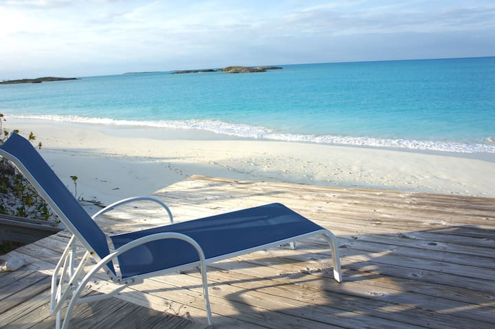 Beach Front House & Cottage - Great Exuma Island - Casa