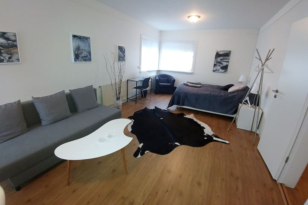 Second Floor Apartment Studio Room