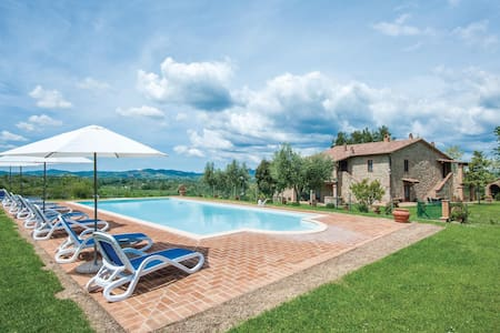 Holiday apartment with 2 bedrooms on 55m² in Cinigiano GR