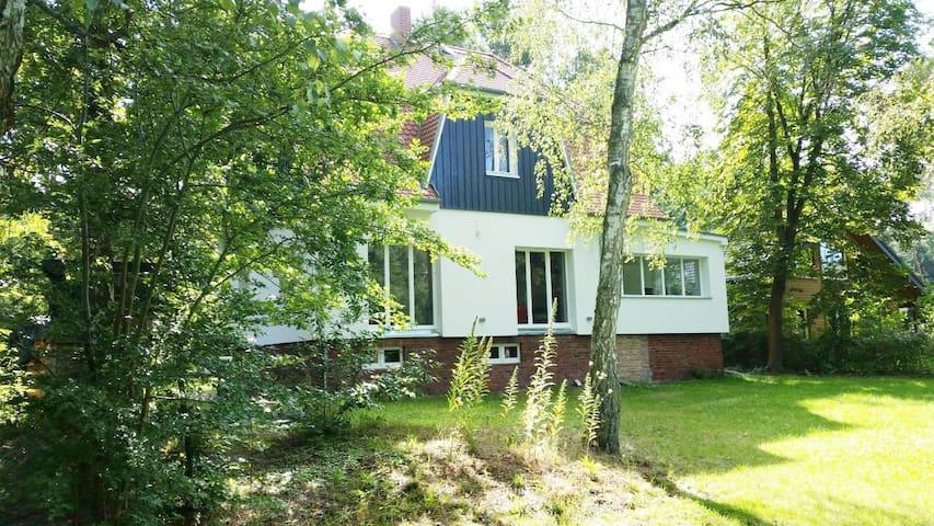 Idyllisches Ferienhaus am Fluss - Heidesee - Casa de férias