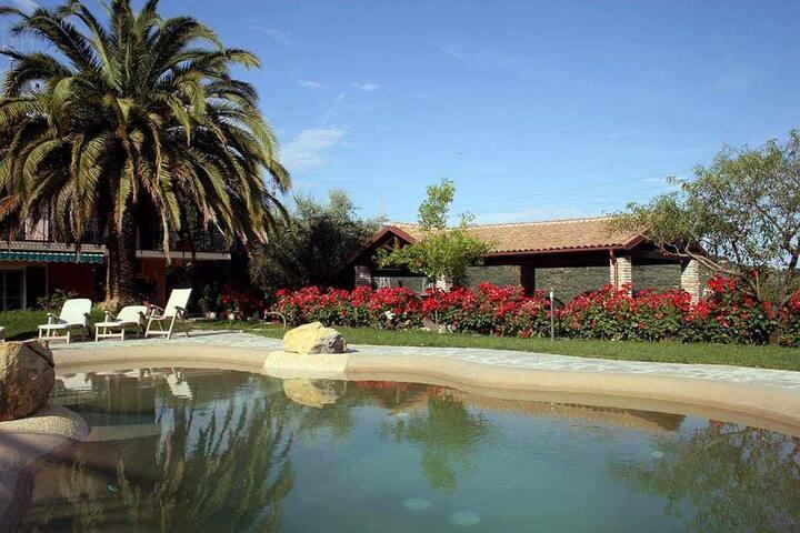 Casa Mora con area giardino