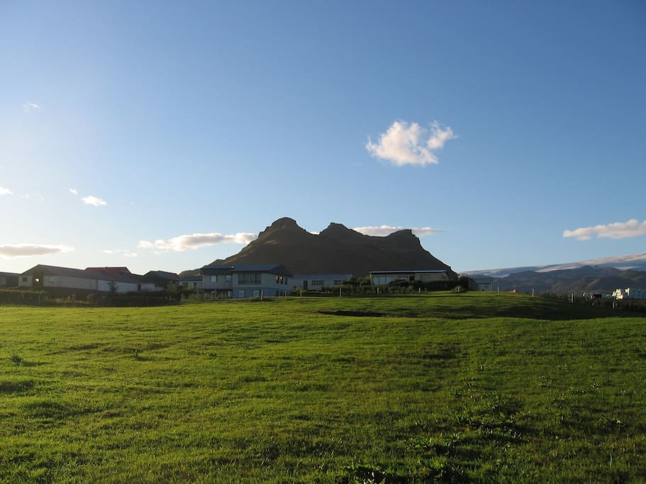 The farm  and its mountain Búrfell
