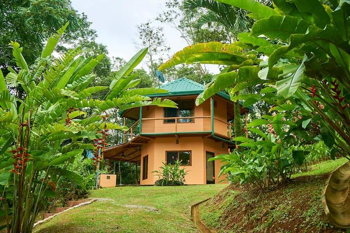Private Honeymoon Villa Colibri