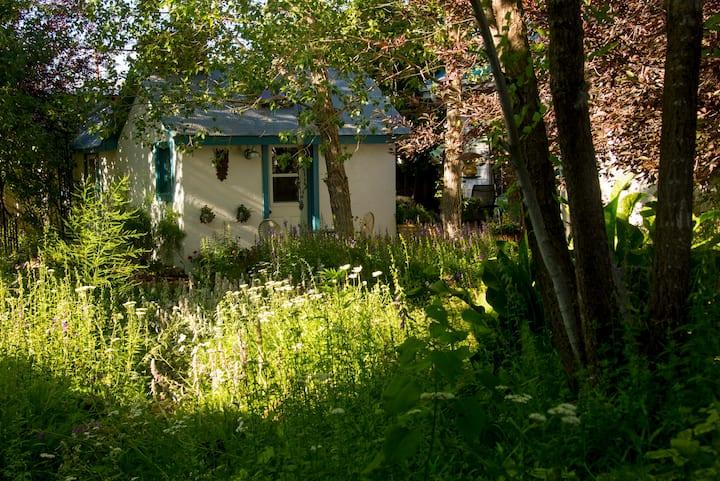 The Hidden Garden Cottage