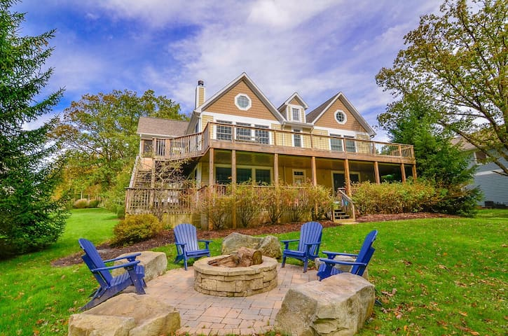 Lakefront Home w/Private Indoor Pool, Dock Slip, Hot Tub, & Pool Table!
