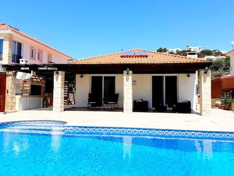 Villa Kara with private pool, Pissouri Beach