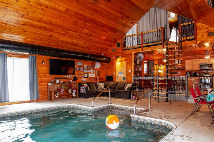 Indoor Heated Pool In The Adirondacks Houses For Rent In Gloversville New York United States