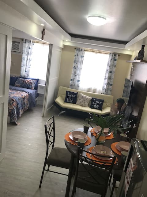 Nuvali Condo for short and or long term lease.