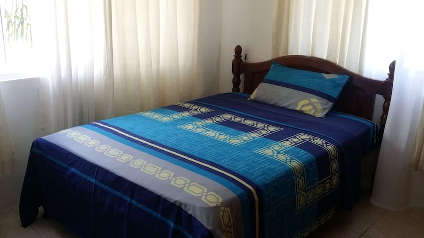 Exclusive Self-Catering Apartment - Victòria - Pis