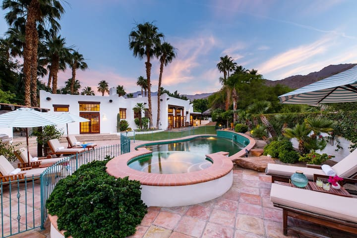 8 BR Spanish Resort Style Home w/ Gorgeous Pool & Fire Pit ❤ by AvantStay
