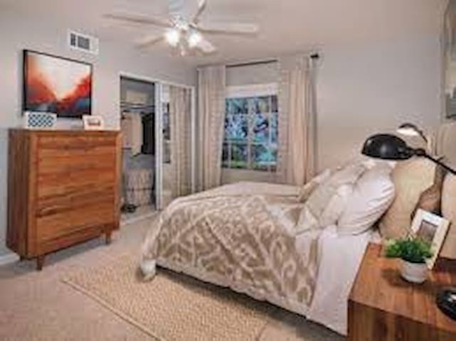 Cozy Modern Guest room or Apt For Festival Stay - Bermuda Dunes - Lägenhet