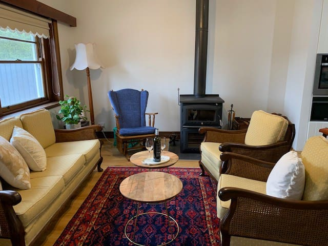 A newly renovated family home in central Kyneton