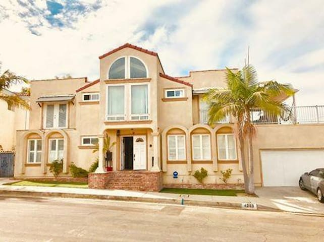 Beautiful Mini Mansion