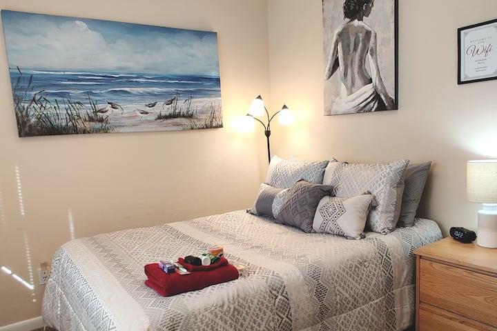 Beachy Cedar Bedroom #2 w/Shared Bath & Laundry