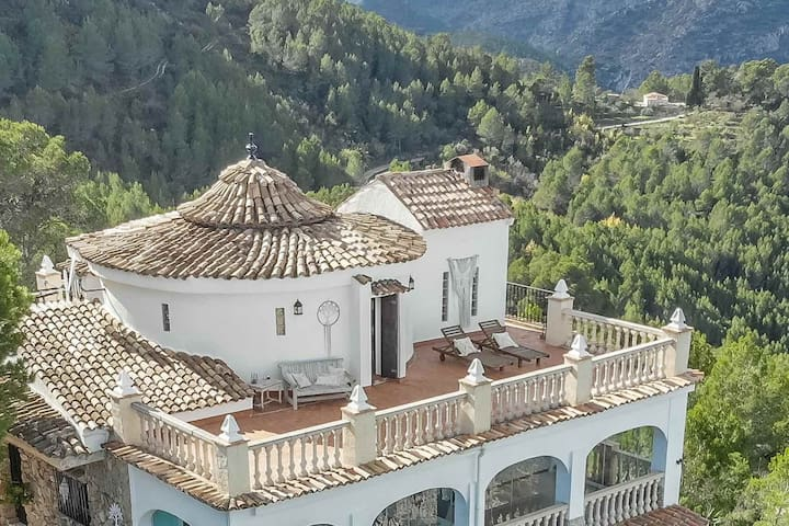360°Suite ♡ Casa Tarsan Eco Lodge ♡ Jacuzzi