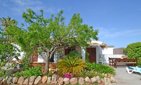 villa cerca de la playa a 2km