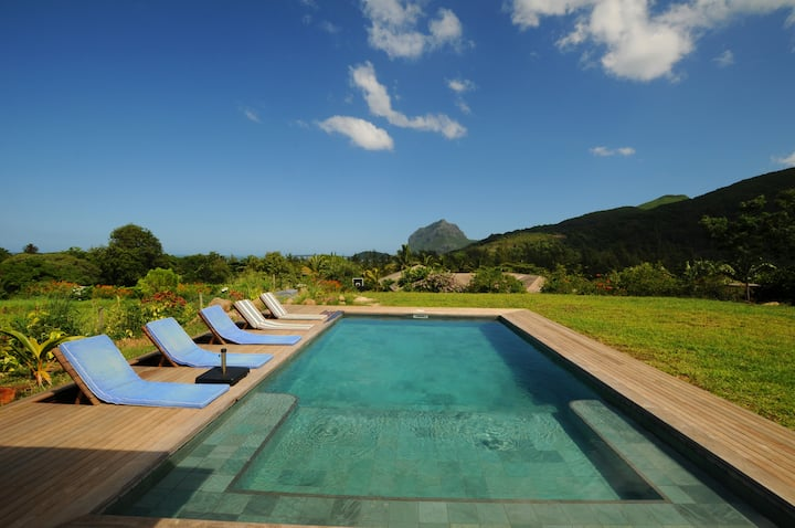 Villa La Prairie in Le Morne with private pool