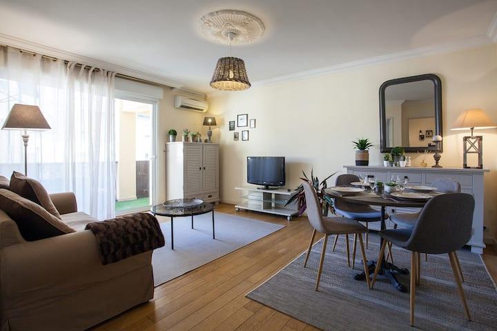 Appartement climatisé à sarlat dans résidence