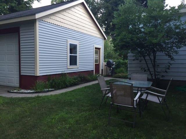 Renovated Saratoga studio - Great location! - Saratoga Springs - Wohnung