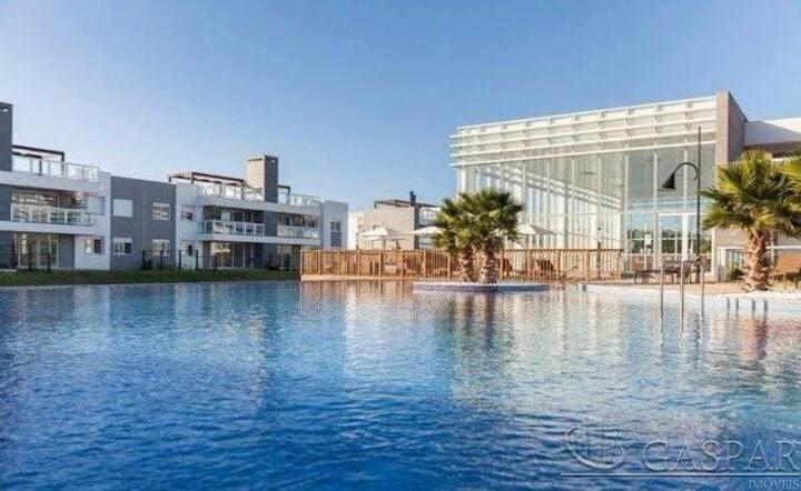 Cobertura de 3 dormitórios com piscina privativa!!