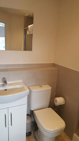 Modern Two bedroom in Stevenage