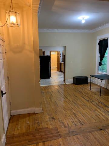 1st Floor Apartment in University Heights, Newark