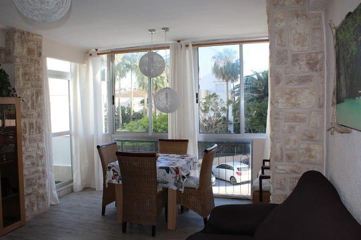 Apartamento con gran terraza en el Arenal